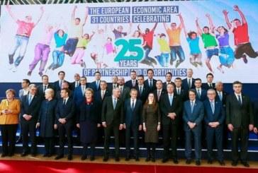 El Espacio Económico Europeo celebra 25 años en plena crisis por el «brexit»