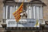 El Gobierno informa a la Junta Electoral que aún hay lazos en edificios oficiales