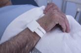 El CHN implanta una pulsera de ubicación del paciente durante su ingreso