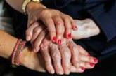 """Roban un anillo a una mujer de 93 años en Pamplona por el método del """"abrazo"""""""