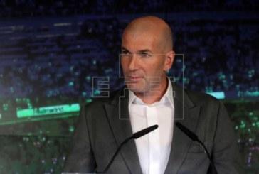 Zidane vuelve porque «había que hacer un cambio»