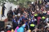 Coripe quema un Judas que representa a Carles Puigdemont