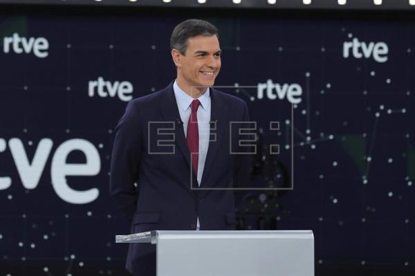 Sánchez arranca el debate RTVE 28A: «¿Queremos que España avance o retroceda?»