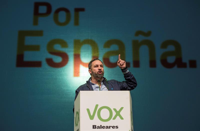 28A.- Santiago Abascal en Palma: «Vox es un movimiento patriótico de salvación de la unidad nacional»
