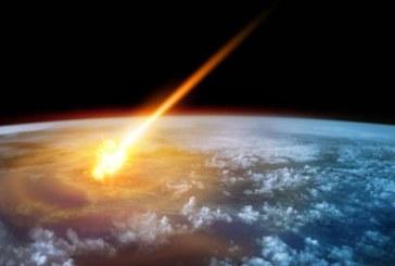 Un meteorito atraviesa el cielo de Cáceres y Ávila
