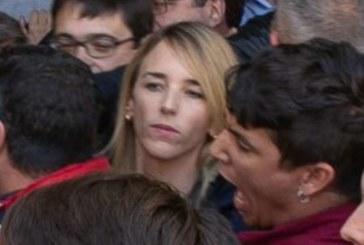 28-A: Álvarez de Toledo increpada y acosada por estudiantes separatistas en Barcelona