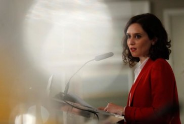 Díaz Ayuso pide considerar al concebido no nacido como miembro de la familia