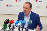 Esparza (NA+) califica de «cobarde» el discurso de Pedro Sánchez en su investidura