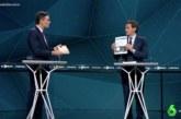 Debate Atresmedia 28A: El intercambio de libros entre Sánchez y Rivera arrasa en las redes