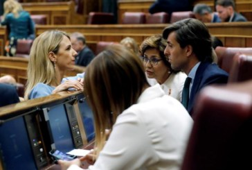 Génova no descarta a nadie como portavoz del Congreso, incluida a Cayetana Álvarez de Toledo