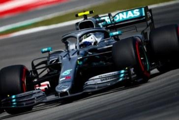Bottas encabeza en Montmeló otra 'primera fila Mercedes'; Sainz saldrá el 12