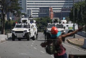 Un muerto y casi cien heridos durante la 'Operación Libertad' en Venezuela