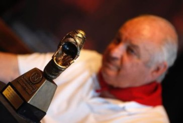 Jandilla recibe la «alpargata de honor» por el buen encierro del año pasado