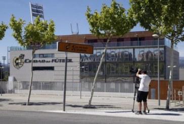 Investigan una red de fraude que compraba derechos de futbolistas y clubes