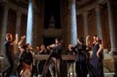 «Dionisio» celebra los placeres terrenales en un festín teatral
