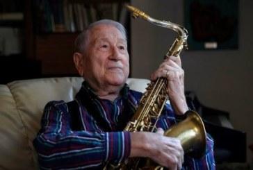 Pedro Iturralde, al cumplir 90 años: A veces pienso que tengo que dejarlo