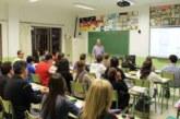 La confianza, clave al impartir clases en inglés y punto débil en docentes