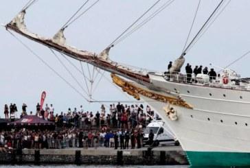 Miles de personas rinden homenaje a Elcano en su localidad natal de Guetaria