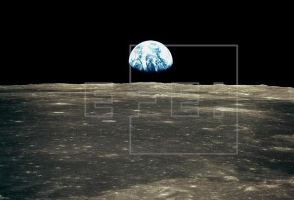 La Luna «celebra» los 50 años del Apolo 11 con un eclipse parcial