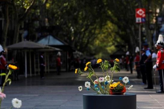 Barcelona conmemora con las víctimas divididas el segundo aniversario del 17A