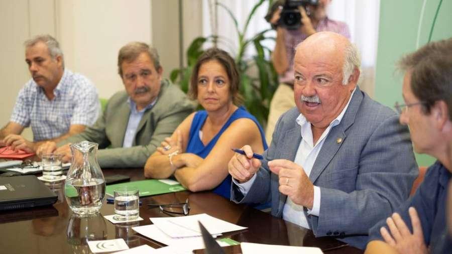 Andalucía suma 80 afectados por la listeriosis, con 15 embarazadas en seguimiento