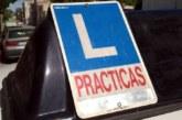 Detenido mientras hacía el examen de conducir por haber conducido sin permiso