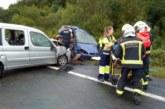 Una mujer fallecida y tres heridos graves en un accidente en Arraiz