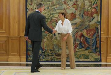 El Rey recibe en Zarzuela a la presidenta de Navarra