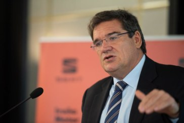 Escrivá (AIReF) espera crecimientos del 2% pero alerta sobre el déficit