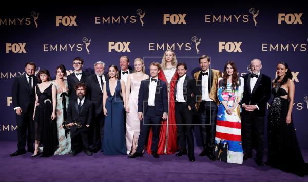 «Juego de Tronos» triunfa pero no brilla en los Emmy de las sorpresas