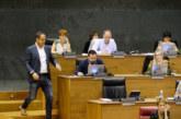 PSN, Geroa Bai, Bildu, Podemos e I-E rechazan derogar el Decreto del «euskera»