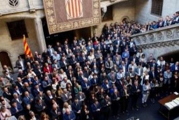 Proceso separatista: Torra recibe a 800 alcaldes independentistas en la Generalidad