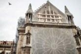 El andamio sobre Notre Dame sigue haciendo pesar la amenaza del derrumbe