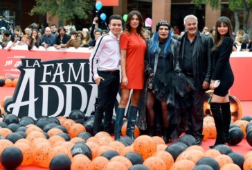 El clan Addams y los crímenes de Vitoria atemorizan en la cartelera española
