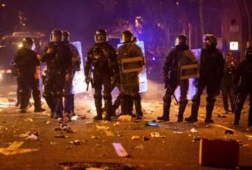 Proceso: Los Mozos detienen a 30 personas por los altercados en las protestas en Cataluña