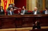 El Parlamento catalán vota ejercer la autodeterminación a pesar de la advertencia del TC
