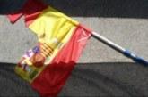 El juzgado de Sabadell multa a tres independentistas por rajar una bandera española