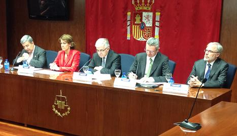"""Gallardón y Rajoy conceden el """"aforamiento"""" a la Reina y los Príncipes"""