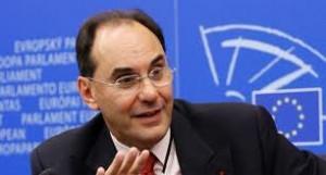 Alejo Vidal-Quadras se va del PP y 'ficha' por VOX