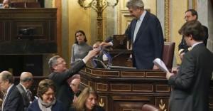 El PP cierra filas y saca adelante la reforma de la ley del aborto contra el intento de retirada del PSOE