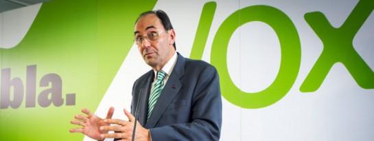"""Alejo Vidal-Quadras dice que VOX """"nace para sacar a España del hoyo"""" durante su presentación en Barcelona"""