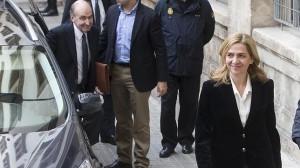 (Archivo) La infanta Cristina llega a los juzgados de Palma en coche. ABC