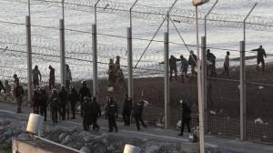 """El ministro de Interior prevé una reforma para """"impermeabilizar"""" las fronteras de Ceuta y Melilla"""