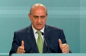 El ministro de Interior, Fernández Díaz, pide 45 millones a la UE para frenar la inmigración