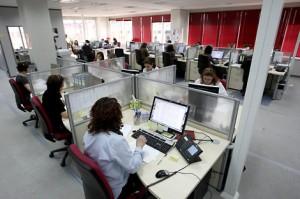 El teléfono 012 informa sobre el censo electoral para las elecciones europeas del 25 de mayo