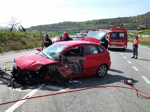 Un herido en el choque de un turismo con un camión en Morentin
