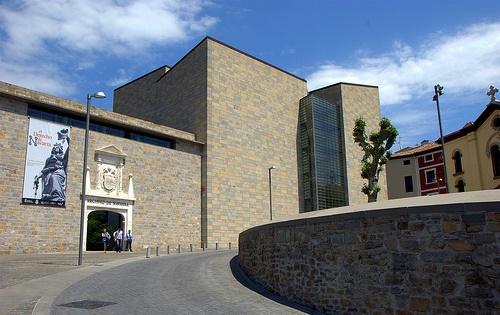 """AGENDA: 27 de febrero a 28 marzo, en Archivo Real y General de Navarra, exposición """"La muerte del príncipe en la Edad Media"""""""