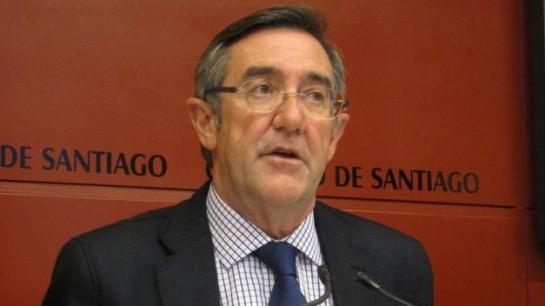 El alcalde de Santiago presenta su dimisión tras la marcha de nueve ediles condenados o imputados