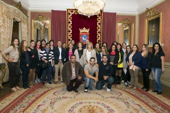 El Ayuntamiento de Pamplona recibe a la V Edición del Diplomado Universitario en Intervención Social con la Comunidad Gitana de la UPNA