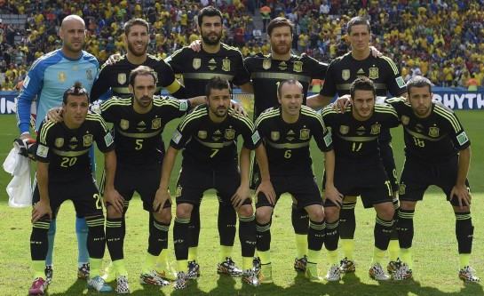 España endulza su amarga despedida del Mundial